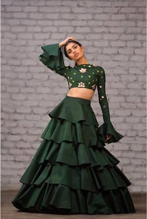 Picture for category Solid Colour Lehengas